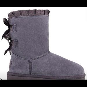 UGG- Baily Bow. Brand new!